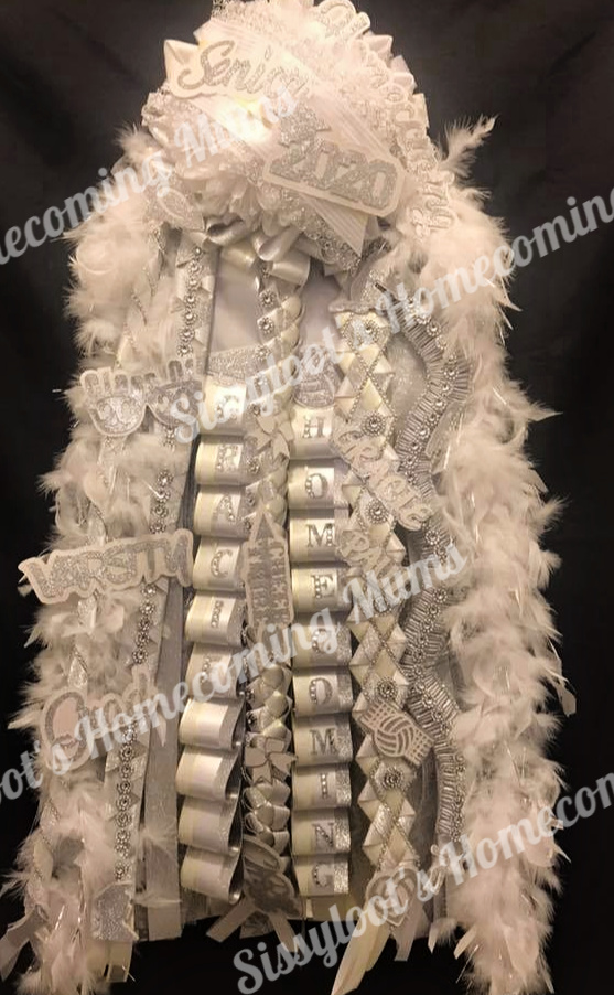 Sissyloot's Homecoming Mums