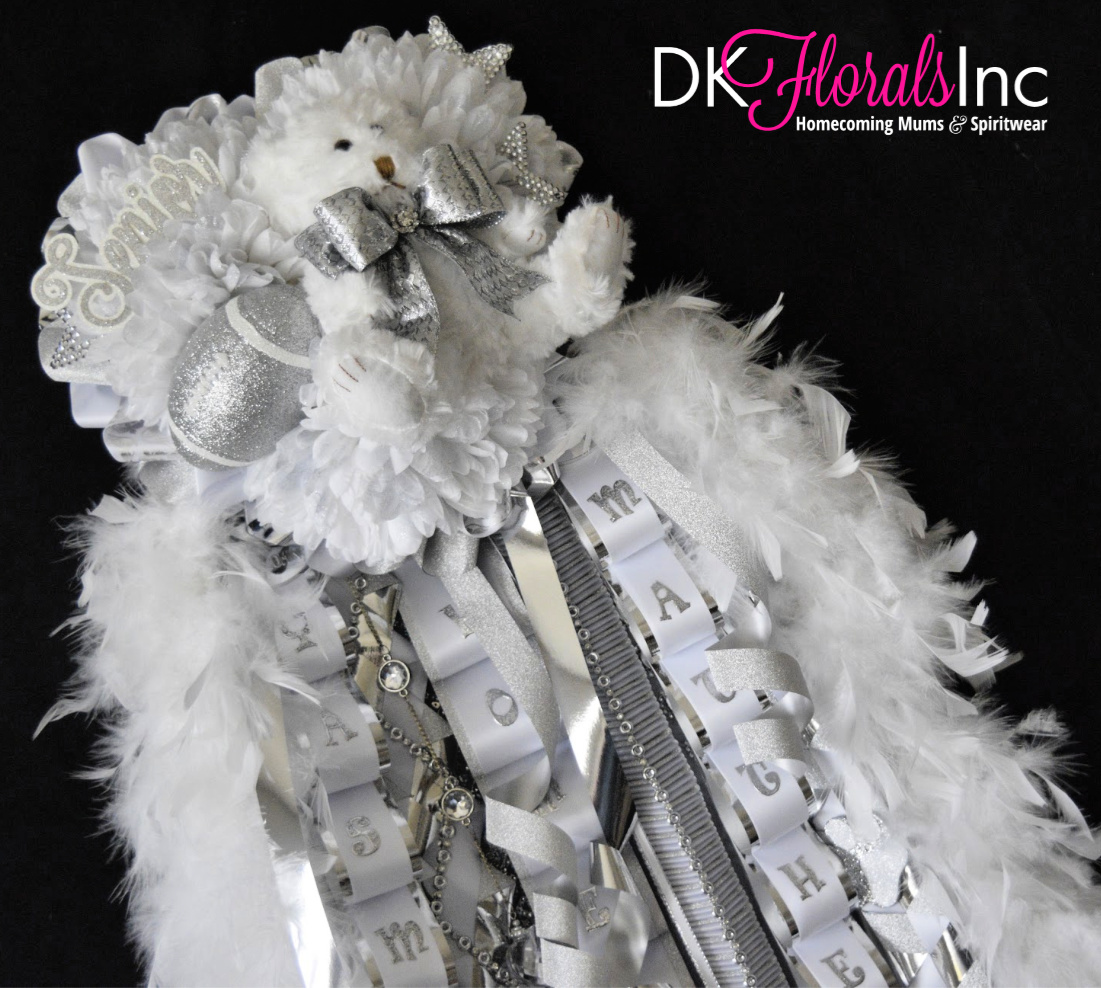 Triple Deluxe Homecoming Mum