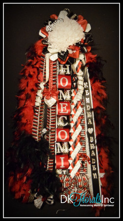 Junior Sweetheart Homecoming Mum
