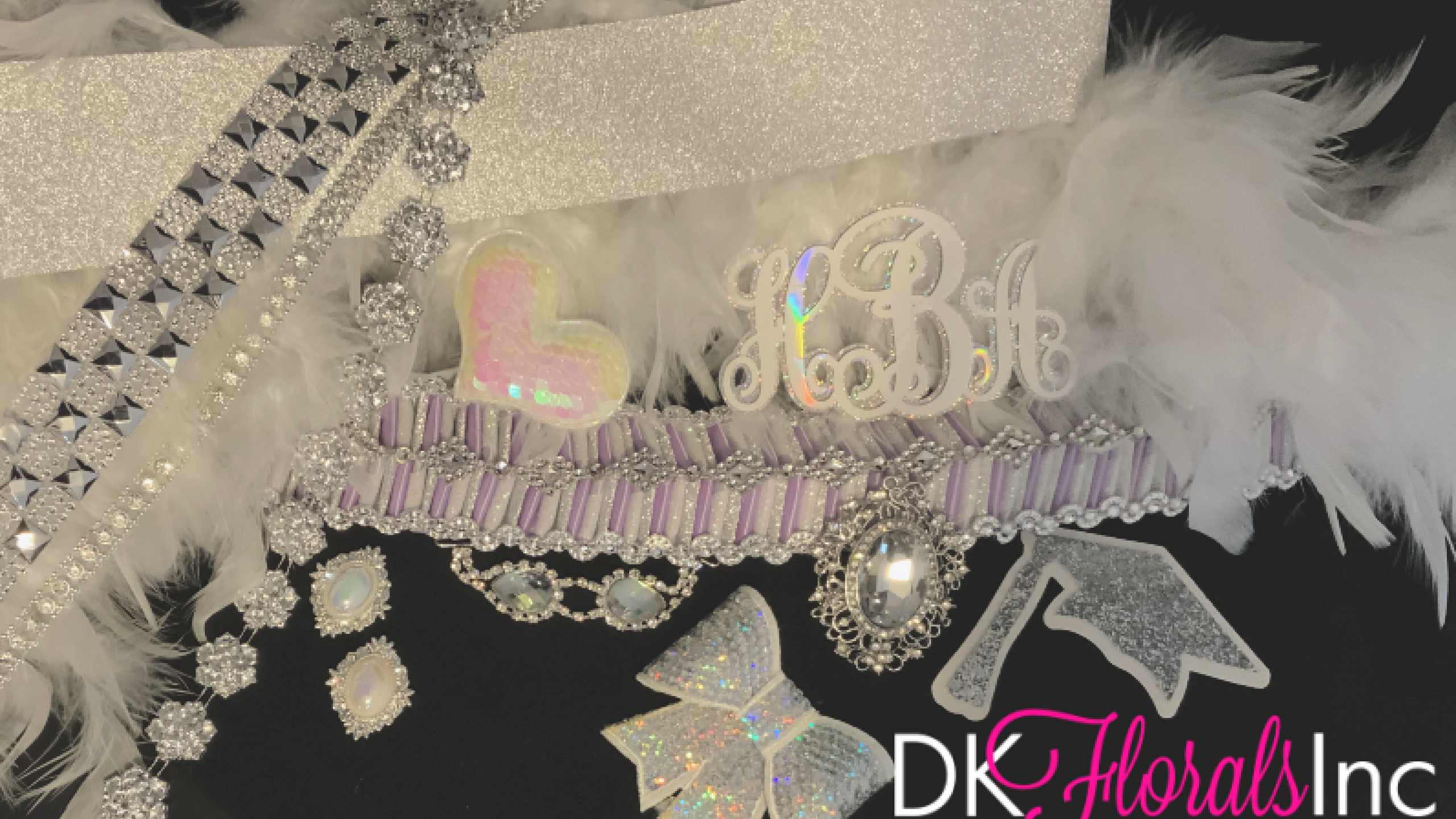 The Luxe Package - Homecoming Mums