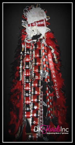 Double Works Homecoming Mum