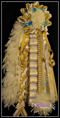 Junior Homecoming Mum