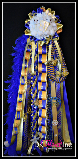 Single Deluxe Homecoming Mum