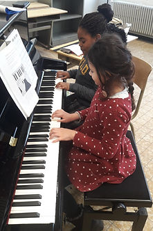 Piano%2520Ang%25C3%25A9lique%2520Charbon