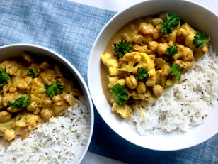 Cauliflower & Chickpeas Curry