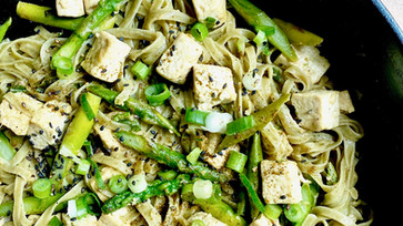Spring vegetables Fusion Pad Thai