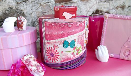 piggy bank baby shower gift for a girl