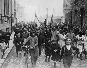 end-Parisians-World-War-I-November-11-19