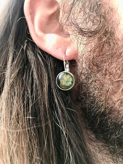 Petites boucles d'oreilles pendantes