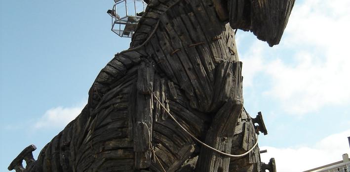 trojan-horse-607574_1920.jpg