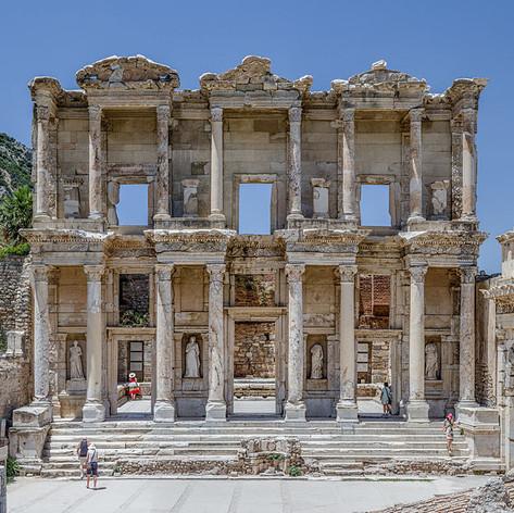 Ephesus_Celsus_Library_Façade.jpg