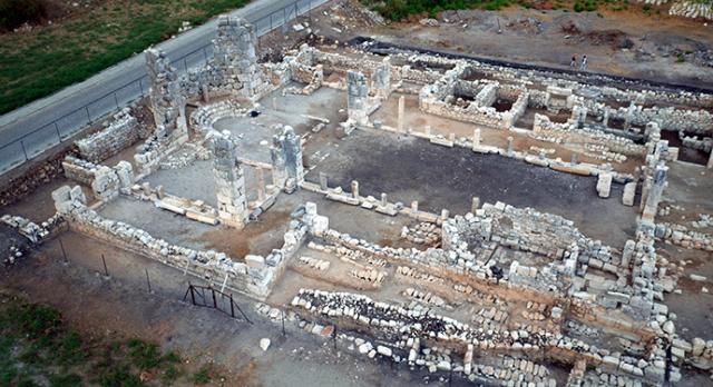 patara-antik-kenti-nde-bazilika-ortaya-cikarildi-1507189458.png