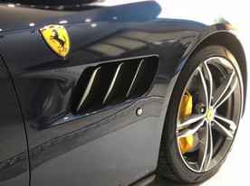Ferrari Lusso GTC4 vents