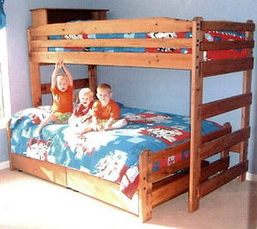 Convertable Twin/Queen Bunk Bed