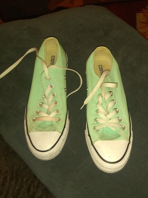 Chuck taylor brand new