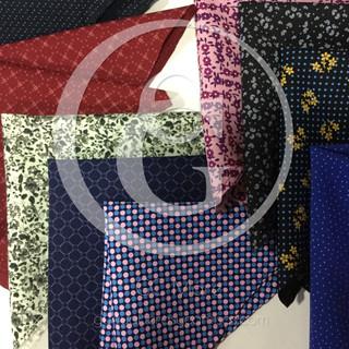 Variedad de pañuelos decorativos para saco