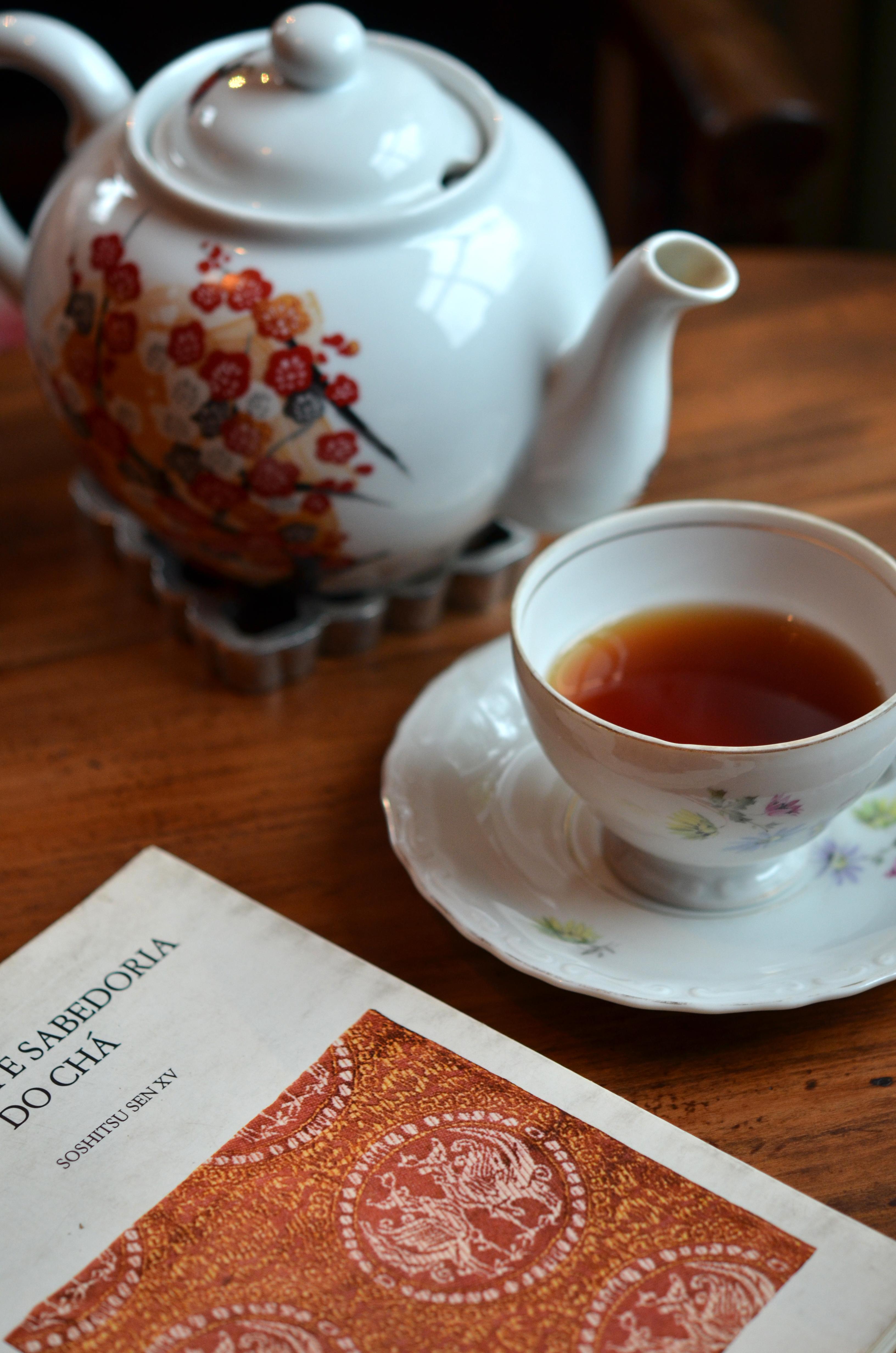 Venda, cursos e workshops sobre chá