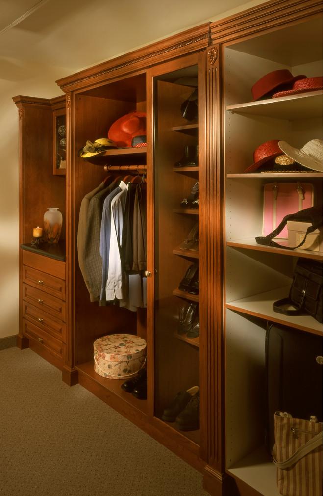 Closet Comfort