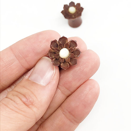 Brown Flower 10mm