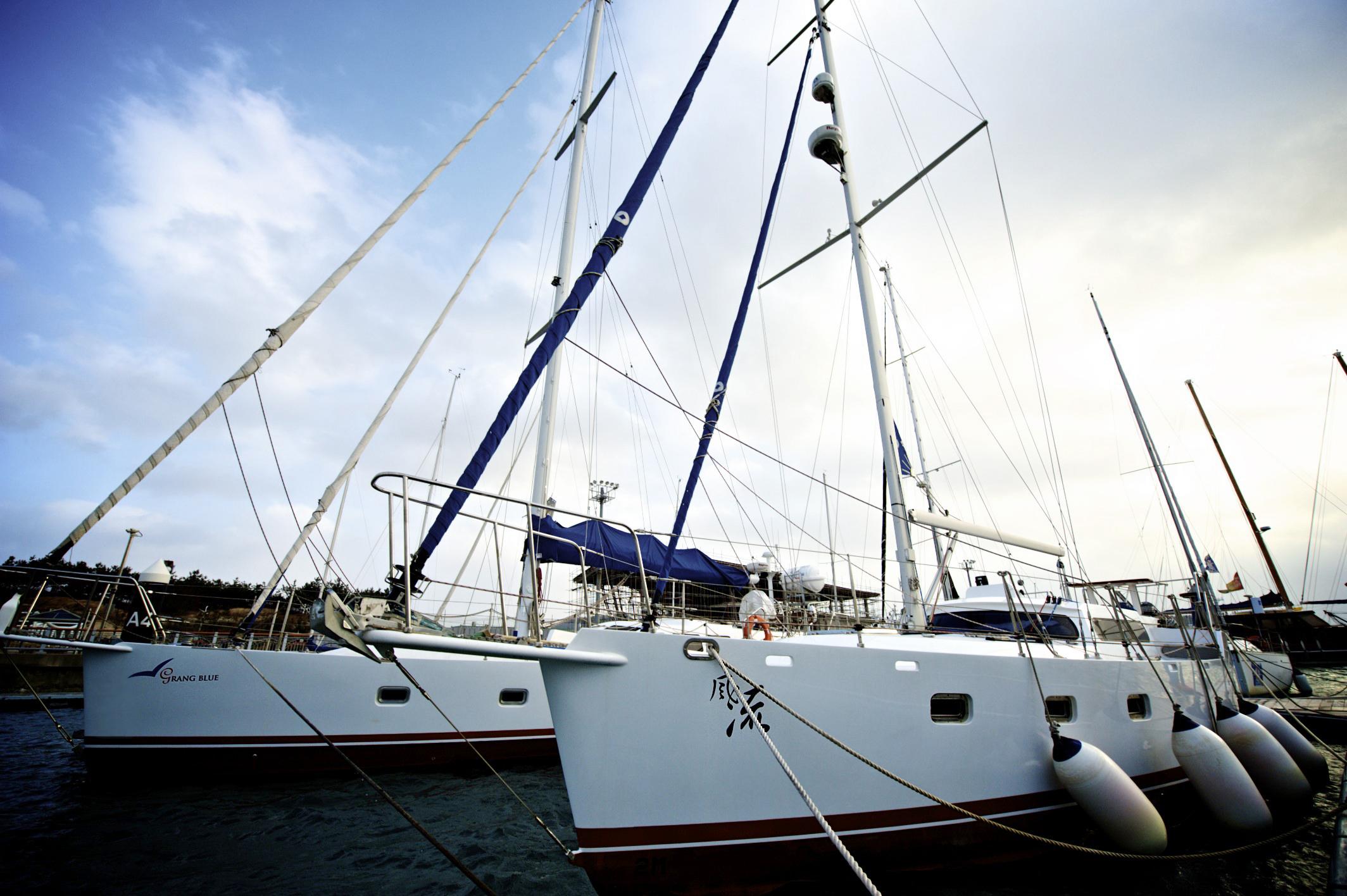 SailingYachts-40LR