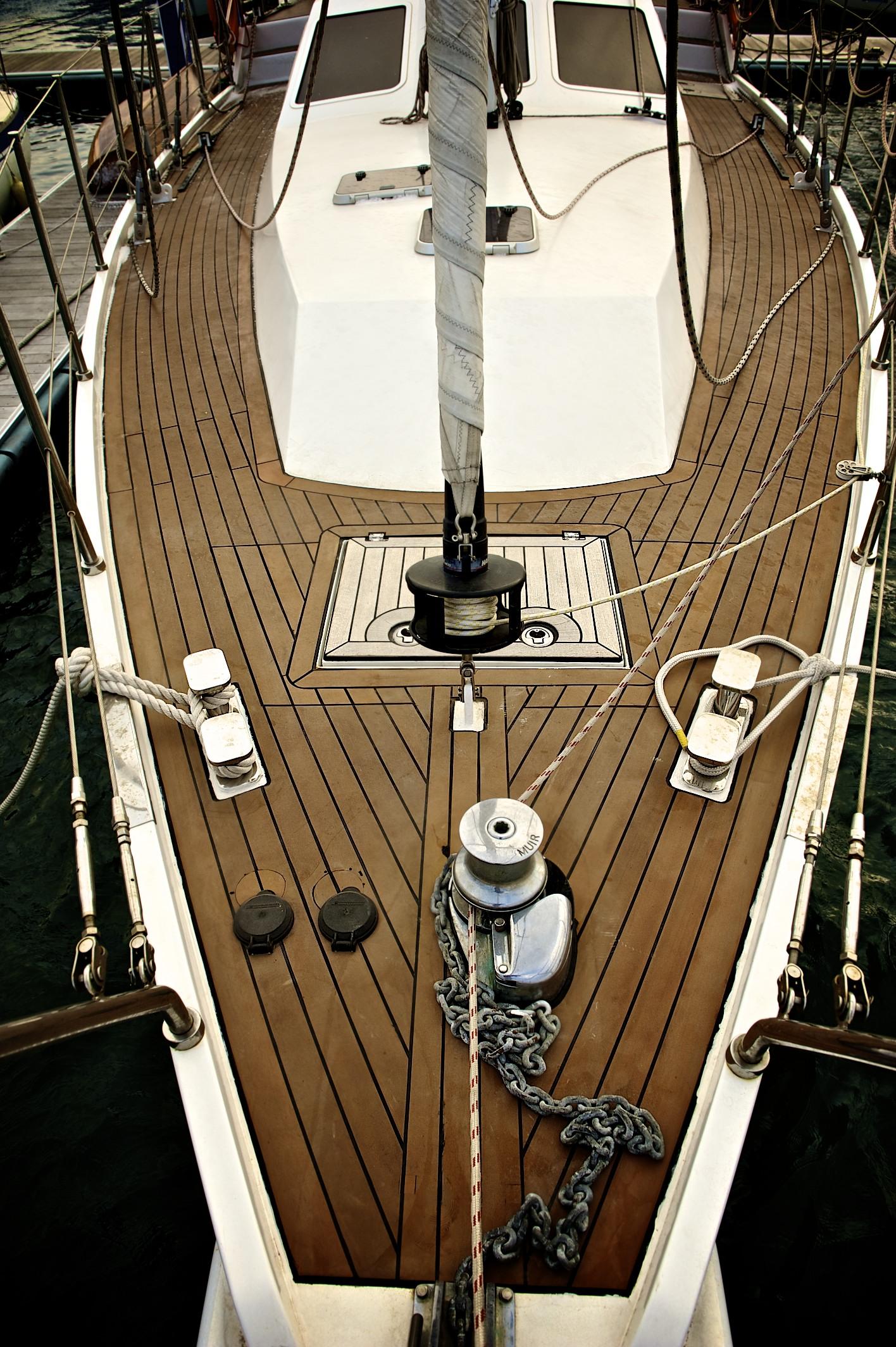 Pung-Ryu Sailing Yachts