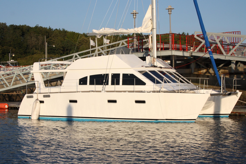 Sail Cat 40