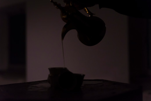 صب القهوه