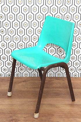 Chaise d'enfant verte