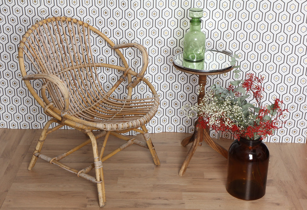 fauteuil-coquille-rotin-vintage-brocante