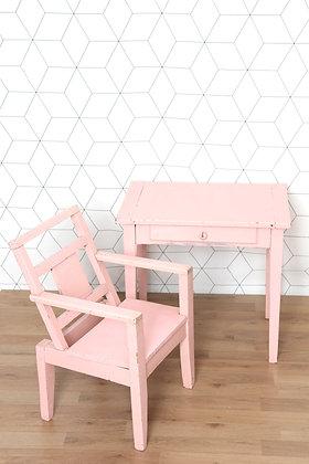 Bureau et chaise d'enfant en bois