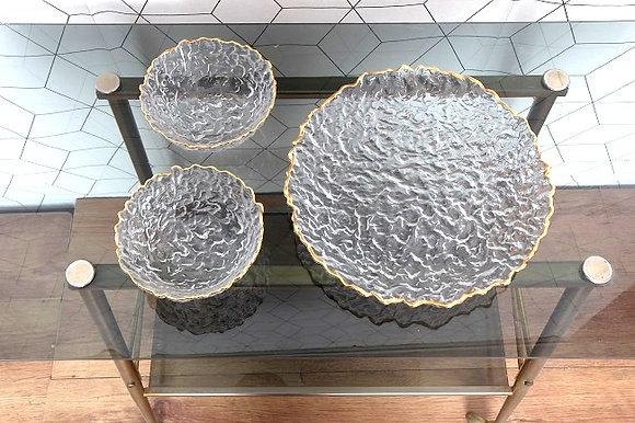 Bols et plat en verre soufflé