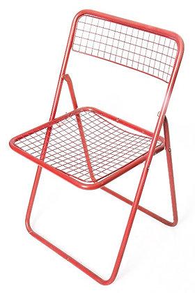 Chaise en métal rouge