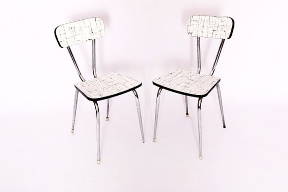 chaises en formica