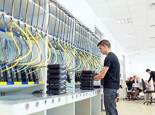 modern-networking-hardware-test-bench-8G