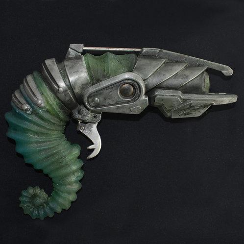 Doctor Who: Human Nature (2007) Hero Light Up Alien Gun