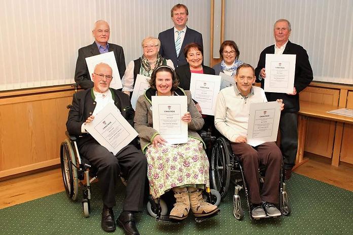 Christine mit den anderen Sozialpreisträgern