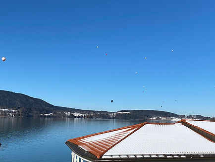 Der Heißluftballon über dem Tegernsee