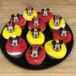 mickeycupcakes.jpg