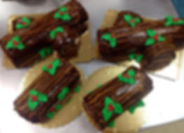 Check out a Savannah St. Patrick's Day birthday cake for your March 17th birthday!