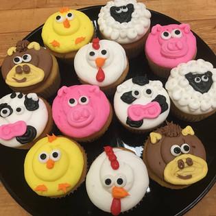 anima cupcakes.jpg