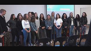 Chaque année nous accueillons des correspondants venus de l'Europe.  Cette année la Slovénie est à l'honneur. Ecoutez leur témoignage sur notre région et notre lycée.