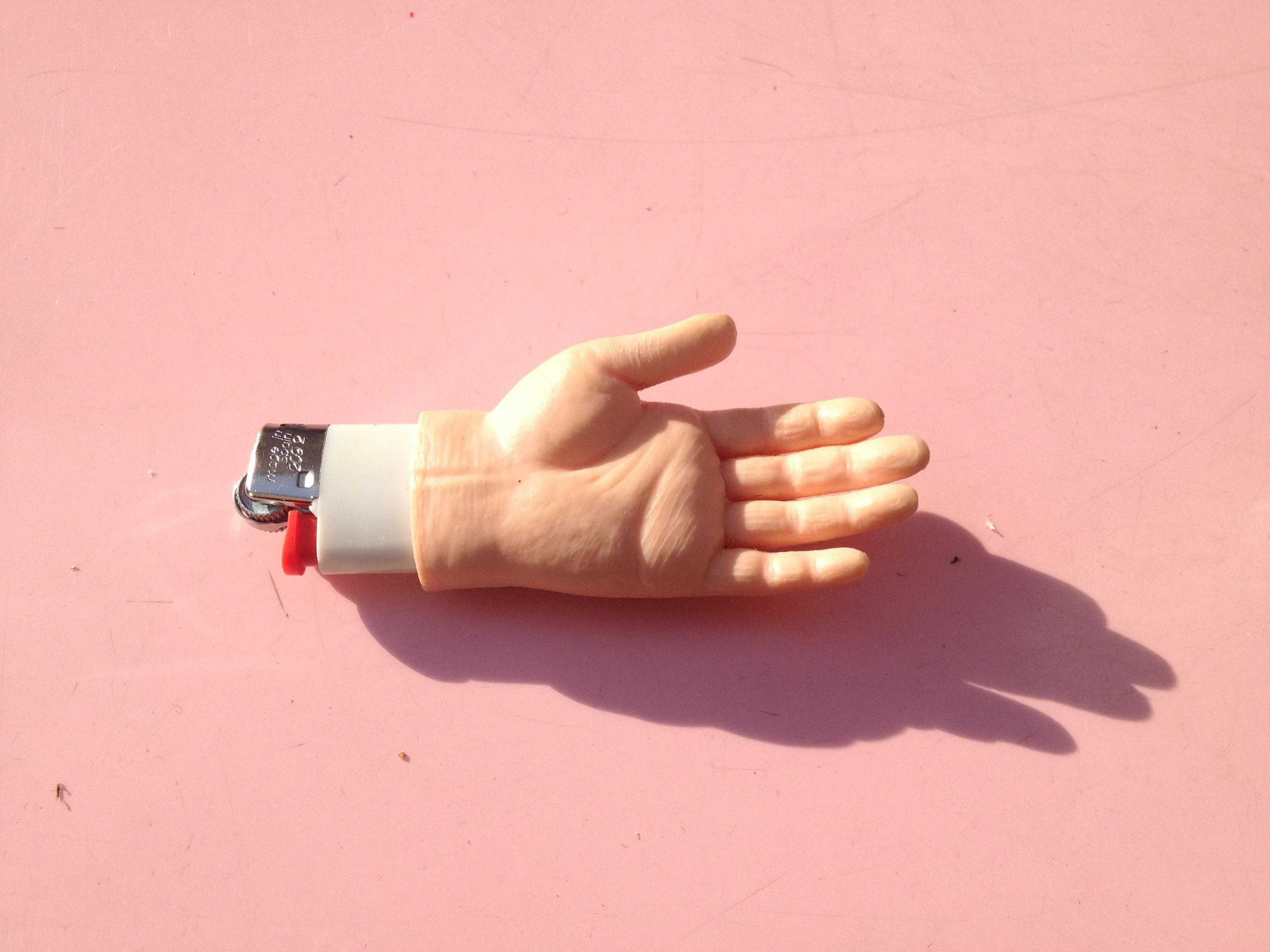HAND LIGHTER