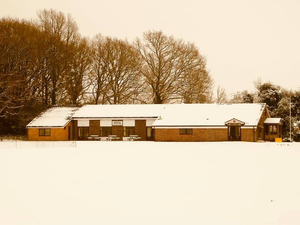 The snow fall over the Hall