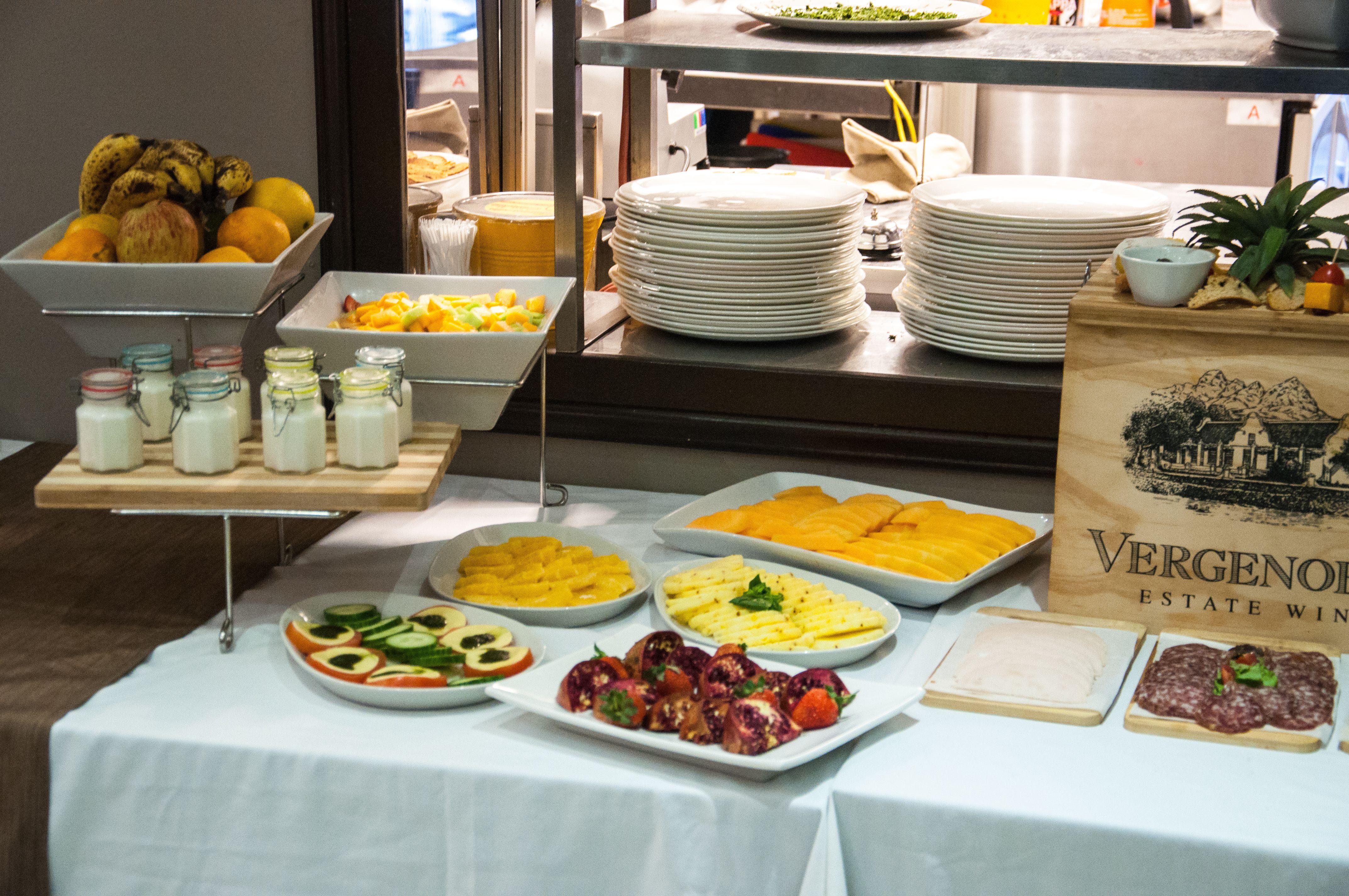 Circa Hotel Breakfast