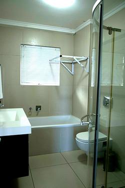 CG04 Bathroom