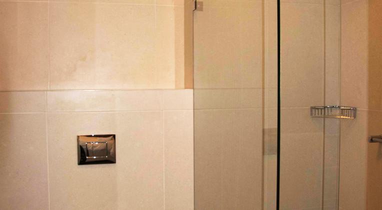 SeaSpray C103 Bathroom