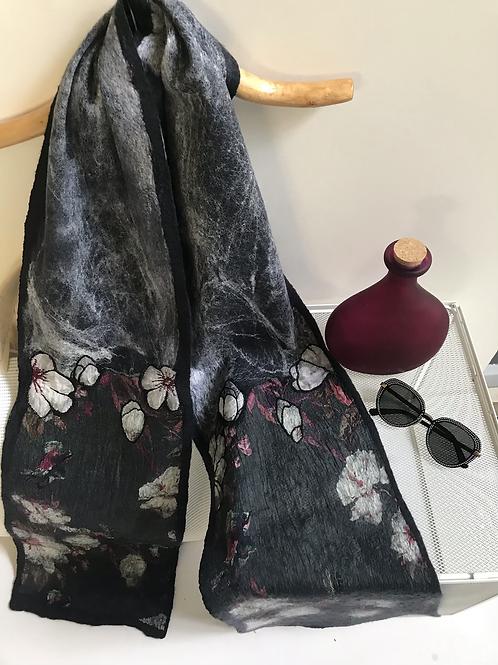 Magnolia nuno scarf