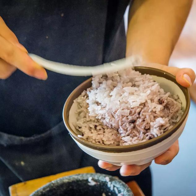 Hot stone rice