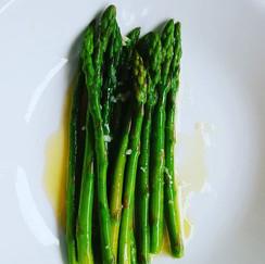 Asparagus with Lemon Garlic Butter