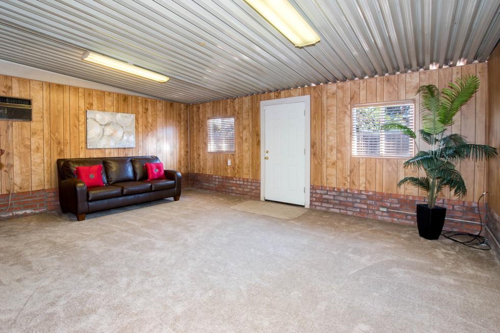 backroom1 (Large)